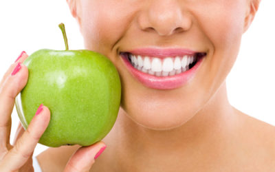 5 Foods and Drinks to Improve Your Dental Health